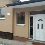 Zastrešenie terasy, výmena okien a dverí, nová predsieň