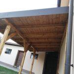 Prístrešok k domu - Humenné s plechovou krytinou a konštrukciou z KVH hranolov, hormax