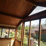 Zasklenie altánku Trebišov rámový systém zasklenia RAL 8003 zrkadlovo-dymové sklo, hormax